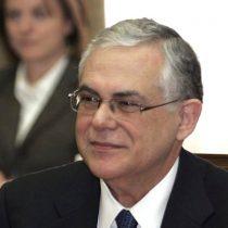 Ex jefe de gobierno griego fuera de peligro tras explosión en su vehículo