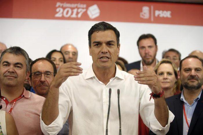 Nuevo líder del PSOE garantiza a Rajoy unidad contra secesionistas catalanes