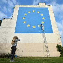 Tras meses de silencio, aparece un mural de Banksy sobre el Brexit en Inglaterra