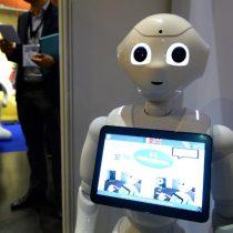 Desarrollan una tecnología que permite controlar robots con la mirada