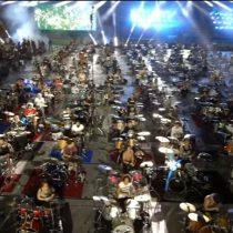 [VIDEO] Más de 1000 músicos se reunieron para interpretar 'Smell Like Teen Spirit' de Nirvana