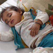Niños muriendo en los pasillos del hospital y pacientes atendidos en sus coches: el horror de la crisis del cólera