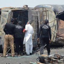 [VIDEO] Un camión de combustible se incendia y explota causando al menos 140 muertos en Pakistán