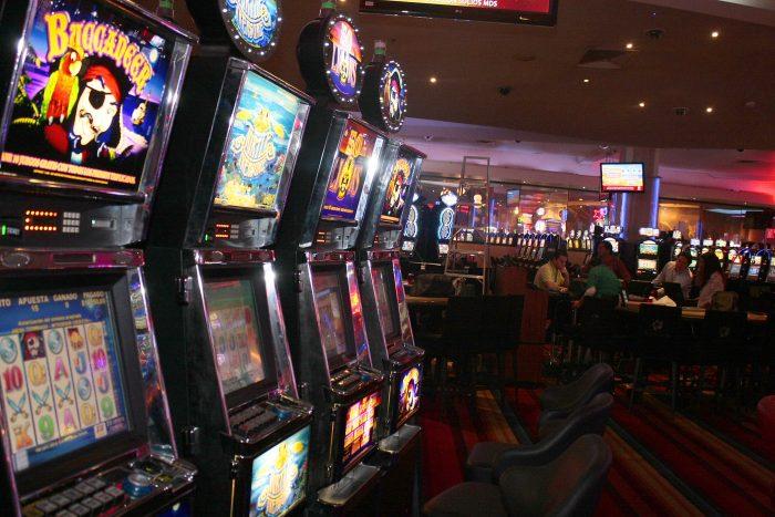 Funcionaria del Sename gastó $40 millones en casino de Talcahuano