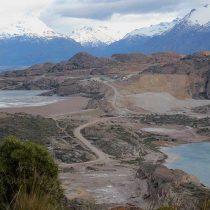 Aysén: dos trabajadores quedan atrapados en mina de oro por inundaciones