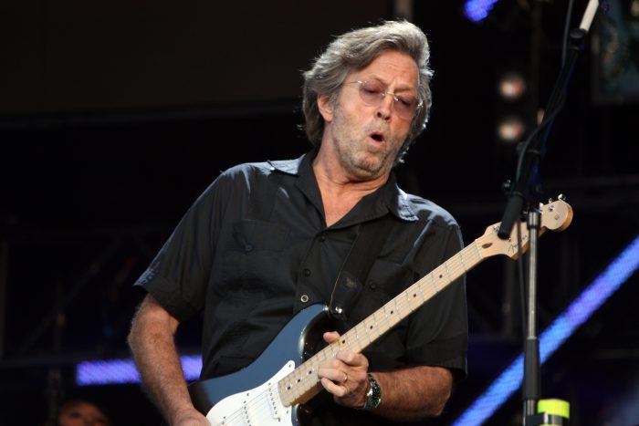 Eric Clapton se opone a pedir certificado de vacunación al público: dice que es «discriminador»