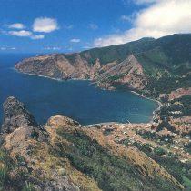 Acuerdo posicionará a Isla Robinson Crusoe como destino sustentable