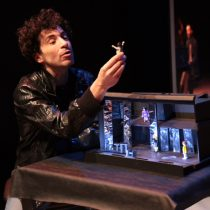 """Obra """"Operación Hamlet"""" en Teatro de la Universidad Mayor"""