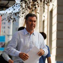 """Ossandón reacciona ante críticas en su contra pegándole a Piñera: """"Tengo un currículum limpio de imputaciones e investigaciones penales"""""""