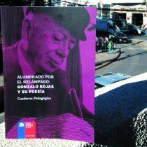 Presentan cuaderno pedagógico y antología de Gonzalo Rojas