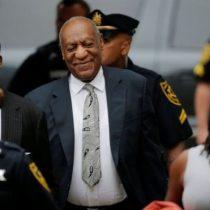 """Juez declara """"nulo"""" el juicio al actor Bill Cosby por abuso sexual"""