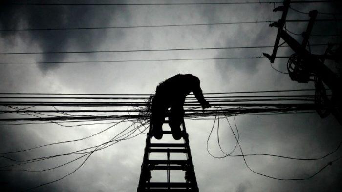 Ministerio de Energía ante exigencia de subir multas a empresas por corte prolongado de luz: