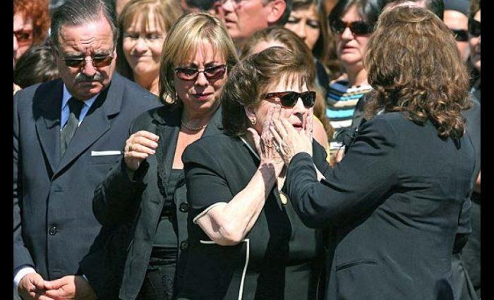 CDE busca anular devolución de dineros y bienes a familia Pinochet