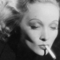 """Inteligentes, sensuales, calculadoras y peligrosas: ¿por qué seguimos hechizados por la """"mujer fatal""""?"""