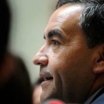 Diputado Fidel Espinoza y suspensión de obras del Puente Chacao: