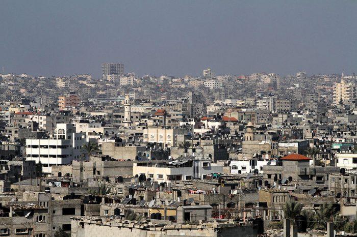 Israel reduce suministro eléctrico a Gaza a petición del presidente palestino