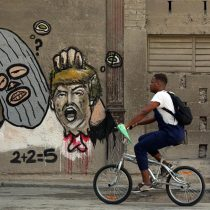 [VIDEO] El polémico grafiti de Trump decapitado que «ilustra» una transitada calle de La Habana