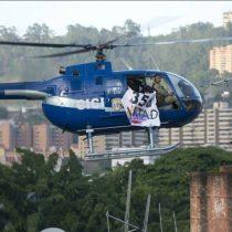 [VIDEO] Policía venezolano sobrevuela Caracas en helicóptero y pide la renuncia de Maduro