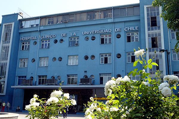 [VIDEO] Hospital Clínico U. de Chile rechaza video de festejo en medio de operación y anuncia un sumario