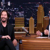 [VIDEO] Keanu Reeves habla con Jimmy Fallon sobre el mito sobre su