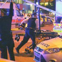 [VIDEO] El ataque que dejó al menos 1 muerto y 10 heridos cerca de una mezquita en el barrio Finsbury Park de Londres