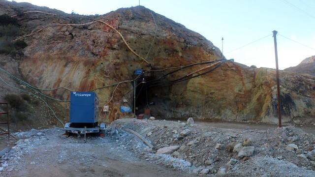 Bachelet por mineros atrapados en Aysén: