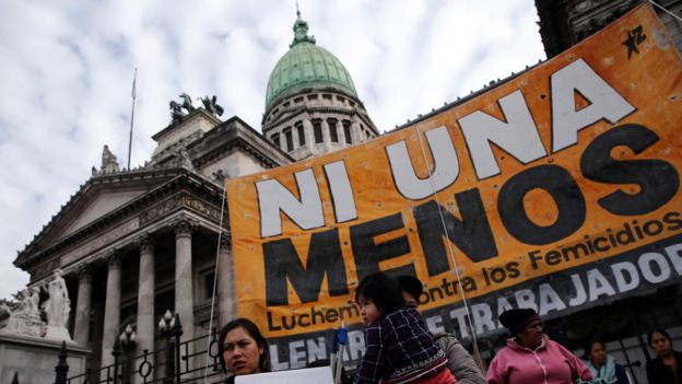"""Cinco años de conquistas feministas en Argentina al grito de """"Ni una menos"""""""