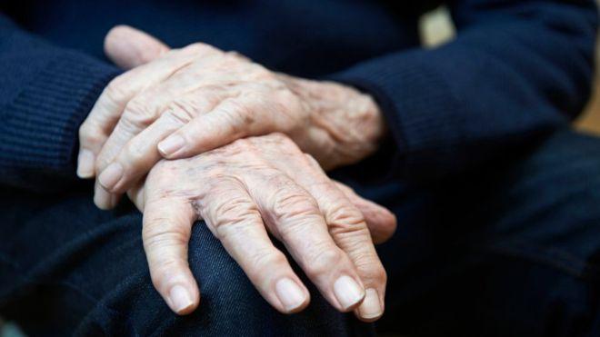 Parkinson, la relevancia de la intervención fonoaudiológica en los pacientes