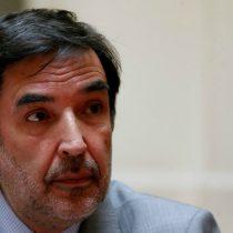 Presidente del Servel critica veto de canales de TV a debate del Frente Amplio similar al de la derecha