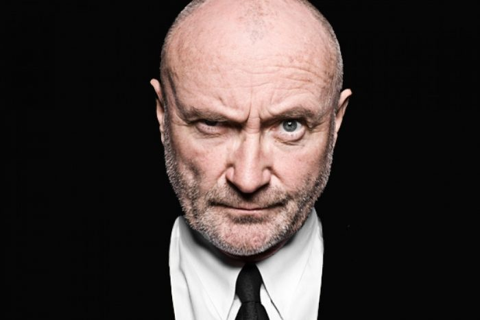 El cantante Phil Collins, hospitalizado tras sufrir una caída en su hotel