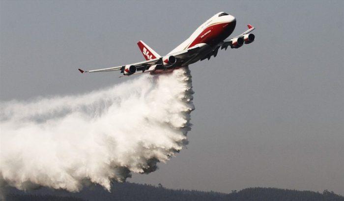 Bolivia califica de exitoso el trabajo del Supertanker para apagar incendios