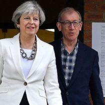 Sondeos indican que el partido conservador de Theresa May gana las elecciones en Reino Unido sin alcanzar la mayoría absoluta