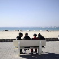 """""""No me pude imaginar cuán inmensa es la presión"""": las mujeres de Túnez que quieren volver a ser vírgenes"""