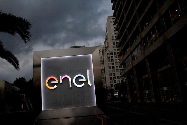 Formalizan a tres ejecutivos de Enel por delitos de contaminación en Coronel
