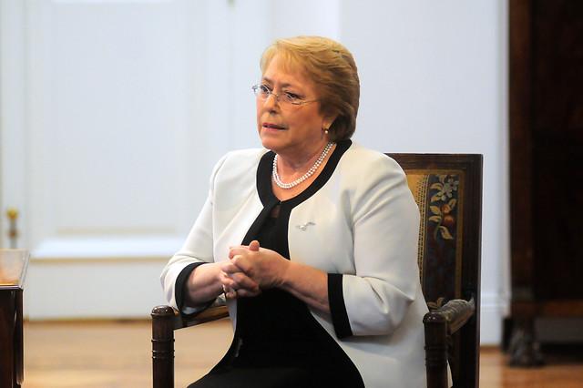 Bachelet logró que se investiguen 30 mil casos de torturados durante la dictadura de Pinochet