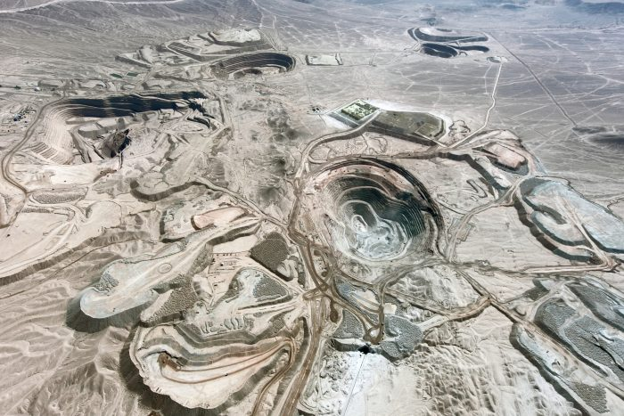 Antofagasta Minerals logró acuerdo con sindicato de supervisores de minera Centinela y evita su primer conflicto laboral