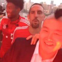 [VIDEO] La divertida broma de los jugadores del Bayern Munich a Arturo Vidal junto a su