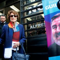 Ángela Jeria firma por candidatura de Guillier: