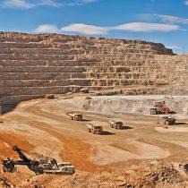 Antofagasta Minerals enfrentaría la primera huelga de su historia en Minera Zaldívar