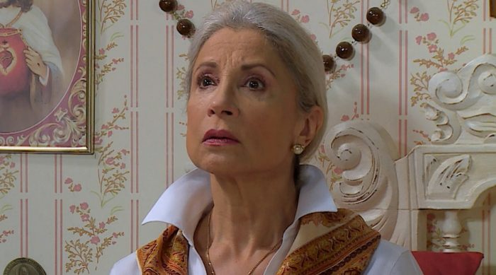 Antagonista de Amanda quedó cesante: ¿Problema de edad o crisis en las áreas dramática de los canales?