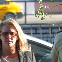 Acusan a carabinero de la Guardia Presidencial de impedir embargo judicial a Natalia Compagnon