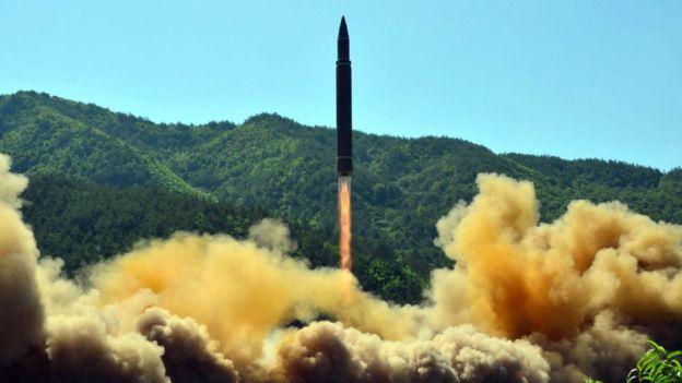 Gobierno chileno condena nuevo lanzamiento de misil balístico intercontinental norcoreano
