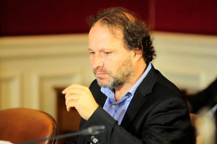 Senadores del PS respaldan cierre de Punta Peuco anunciado por Bachelet