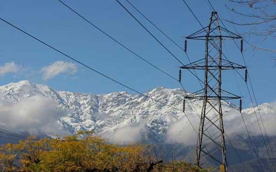 Expertos proyectan que para 2030 las fuentes renovables dominarán la producción energética de Chile