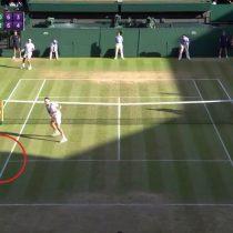 [VIDEO] Con mágico punto Federer se venga de Raonic y será el único de los
