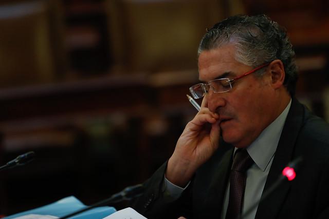 Senador Pizarro planteará fórmula al Banco Central y Ministerio de Hacienda para que el ente emisor le preste plata al Estado