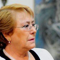 Bachelet siente la presión y califica de