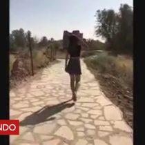 [VIDEO] La joven en minifalda que desafió a la policía religiosa de Arabia Saudita