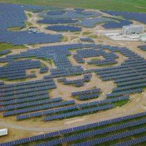 [VIDEO] China y el PNUD inauguran una planta de energía solar con forma de oso panda