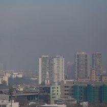 Preemergencia ambiental: catalíticos terminados en 3 y 4 no podrán circular este lunes en Santiago